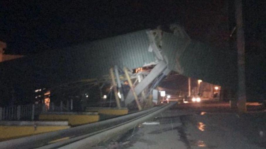 Aceiteros advierten que pudo haber sido una tragedia el choque de un barco