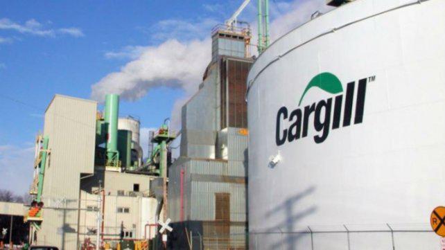 Aceiteros denuncian 40 despidos en la planta Alvear de Cargill