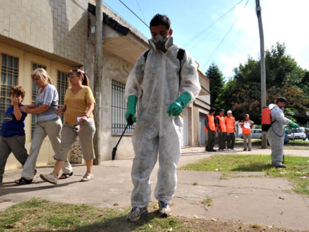 Admiten que la situación del dengue en Rosario es crítica