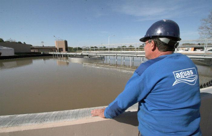 Aguas Santafesinas no descarta ajustar la tarifa en 2017