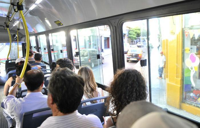 Ahora intiman a las empresas de transporte a que prendan el aire de los colectivos