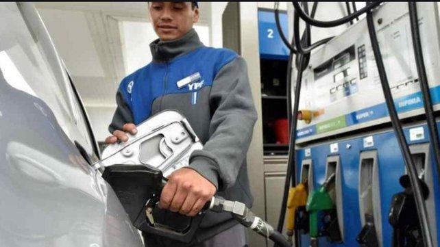 Alertan que se vienen nuevas subas de combustible antes de fin de año