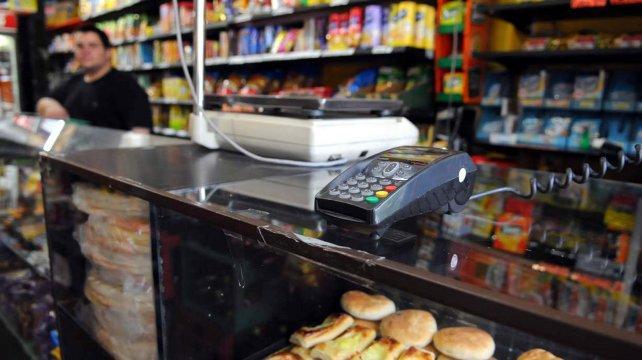 Almaceneros en alerta ante posible subas de precios tras la corrida cambiaria