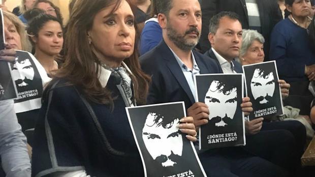 """""""Asesina"""" la durísima acusación de la madre de una víctima de la tragedia de Once a CFK"""
