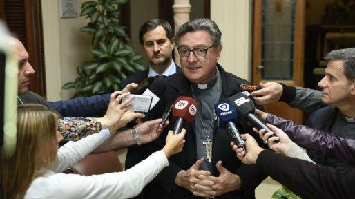 """""""Asombro, dolor y tristeza"""" en la Iglesia por el retiro de símbolos religiosos en Rosario"""