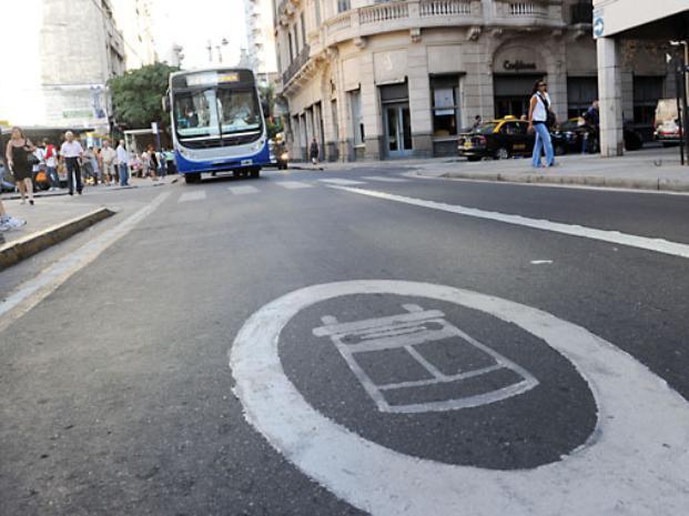 Aumenta la polémica por el cobro de multas de tránsito con videocámaras