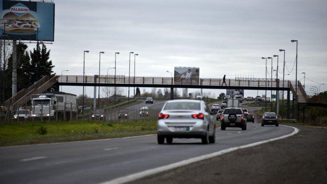 Avalan un cerco en la autopista a Córdoba pero piden presencia policial