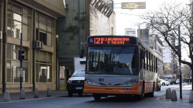 Avanza la reforma fiscal nacional y el transporte local se asegura fondos