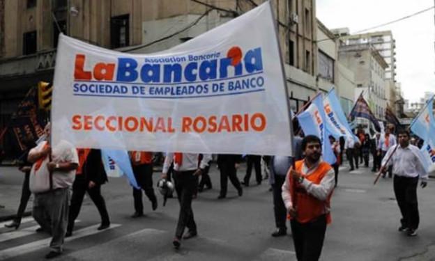 """Bancarios: """"Macri quiere un tope para las paritarias pero no a los tarifazos"""""""