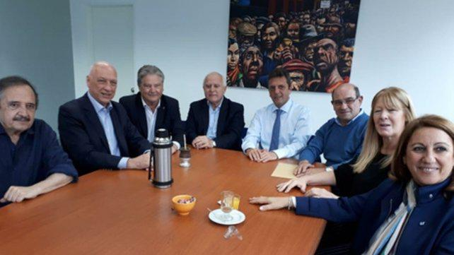 Bonfatti le baja el perfil a una alianza con Sergio Massa
