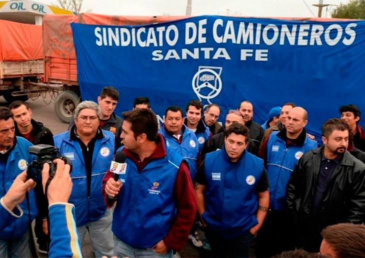 Camioneros santafesinos insisten en reclamar 27% de aumento salarial
