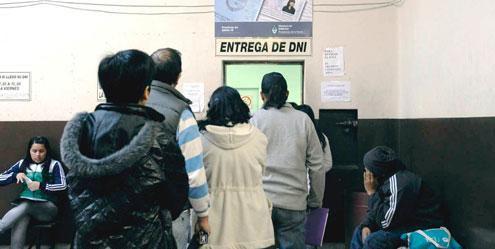 Casi 2.000 rosarinos aún pueden retirar su DNI para votar el domingo