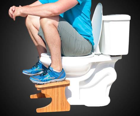 ¿Cómo sentarse en los inodoros? Un experto explica las mejores posiciones