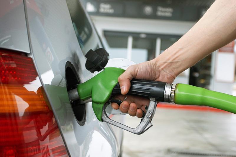 Confirman que en noviembre el combustible aumentará un 8 por ciento