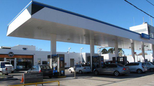 Confirman que esta semana sube la nafta hasta un 7 por ciento en Rosario