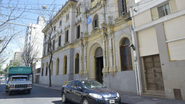 Confirman que renunció el catequista denunciado por acoso en La Salle