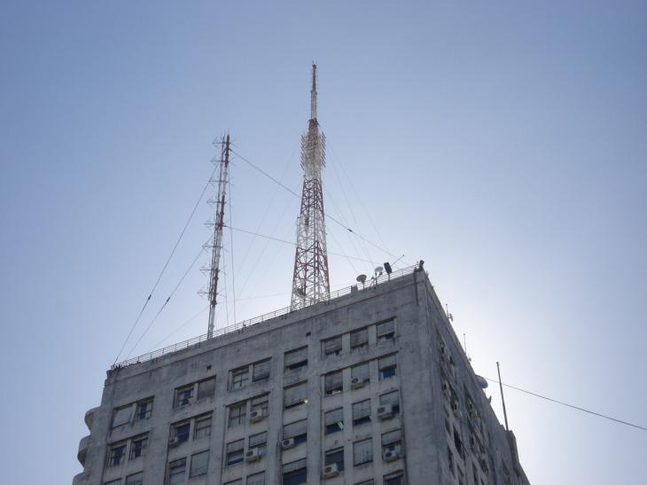 Controversia por el posible incremento de la cantidad de antenas en Rosario