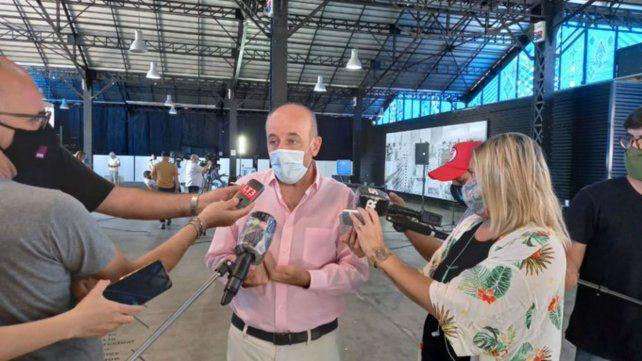 El municipio espera restricciones nacionales ante la suba de casos covid