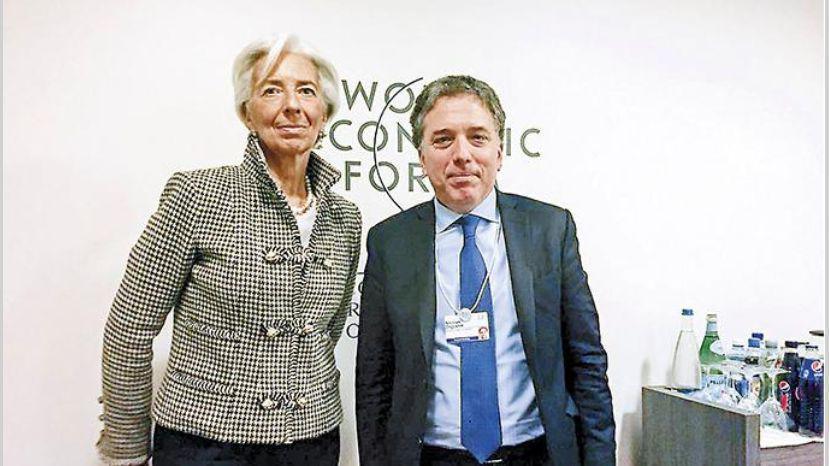 Críticas, advertencias y apoyo al regreso de Argentina al FMI
