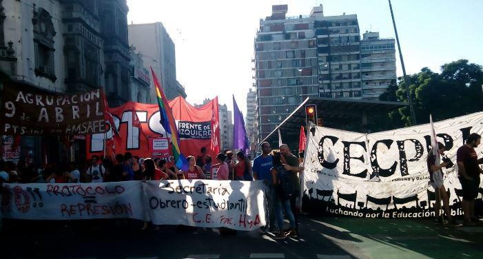 Crivaro lideró un corte de calle en Rosario por un conflicto de Tierra del Fuego