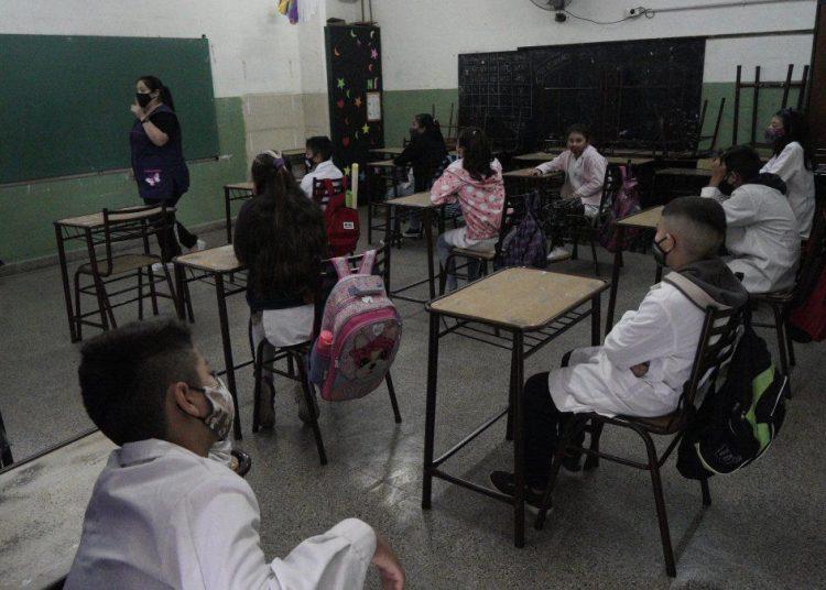 Cuáles son las razones de Amsafé para pedir la suspensión de clases presenciales