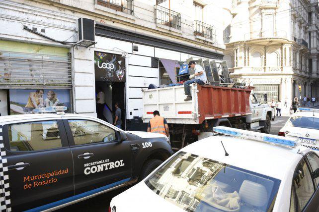 Denunciaron a 200 comerciantes por violar clausuras municipales