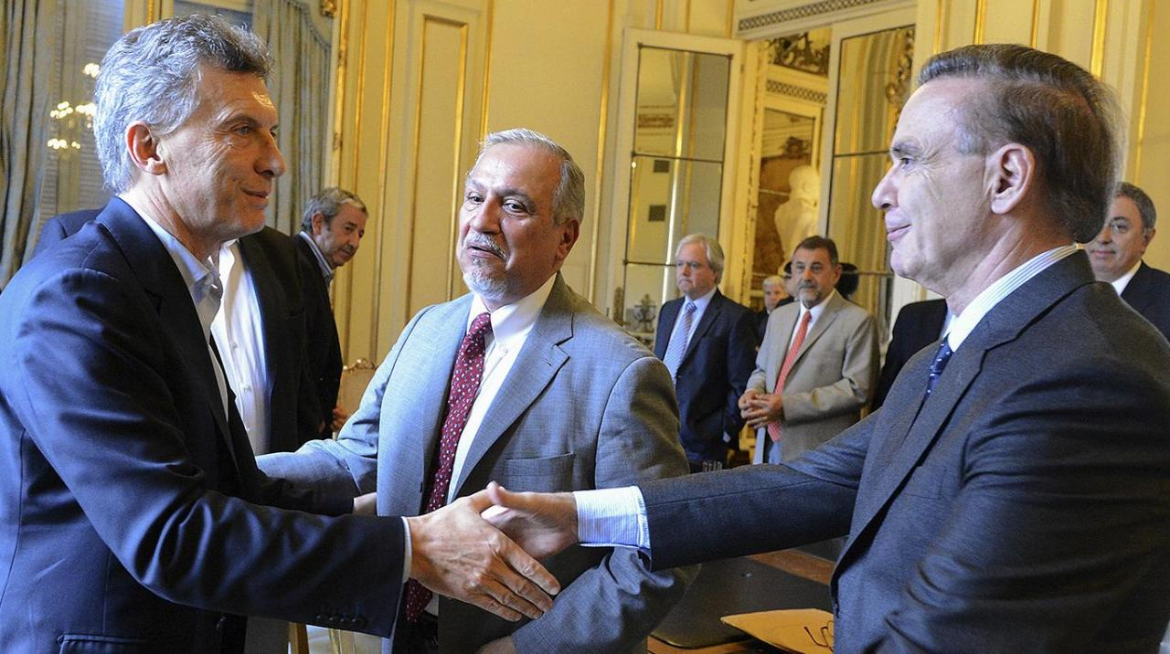 "Editorial: ""Una jugada audaz de Macri que suma a un pendular del peronismo"""