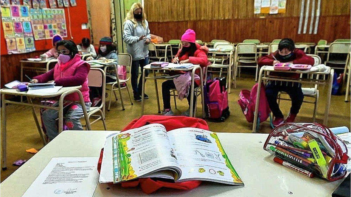 """Educación asegura que """"el 75% de las escuelas de Rosario tiene presencialidad plena"""""""