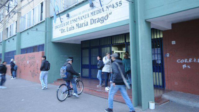 Educación desautorizó a una directora que había suspendido alumnos por desmanes