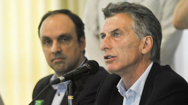 """El jefe de la UCR aconsejó a Macri """"insistir con la pesada herencia recibida"""""""