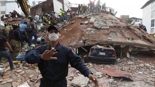 """""""El terremoto parecía una película, pensé que se partía la tierra en dos"""""""