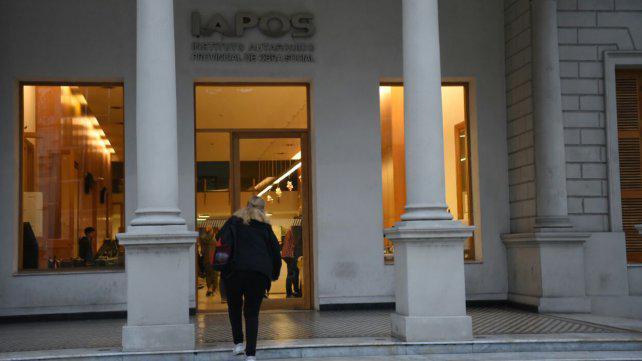 Empleados de Iapos denuncian severas fallas en la atención médica de los afiliados