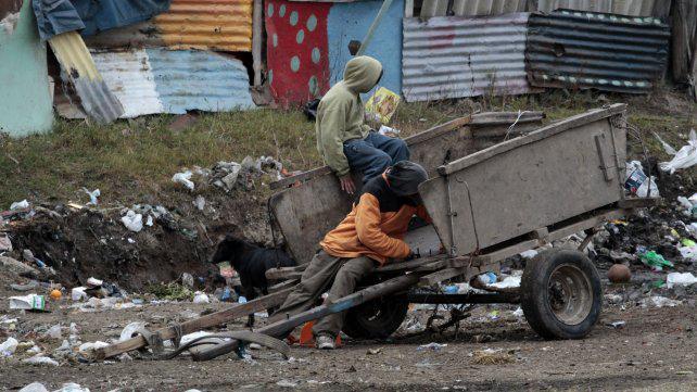 En Rosario, parte de la clase media se empobreció y pide asistencia social