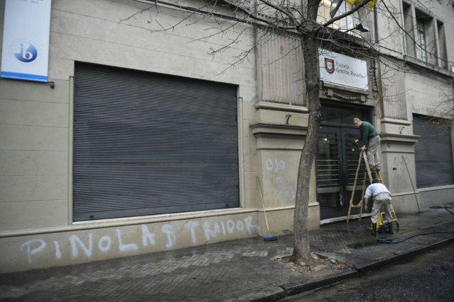 Enérgico repudio de Central a las pintadas contra Pinola en el Colegio Alemán