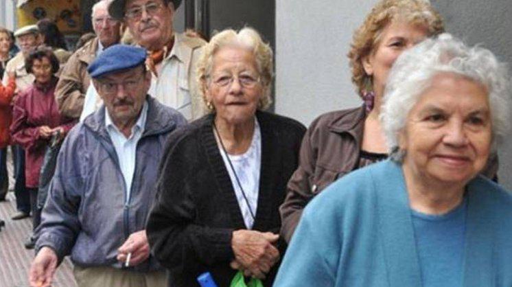 Estiman que 200 mil jubilados santafesinos tendrán fuertes subas en sus haberes