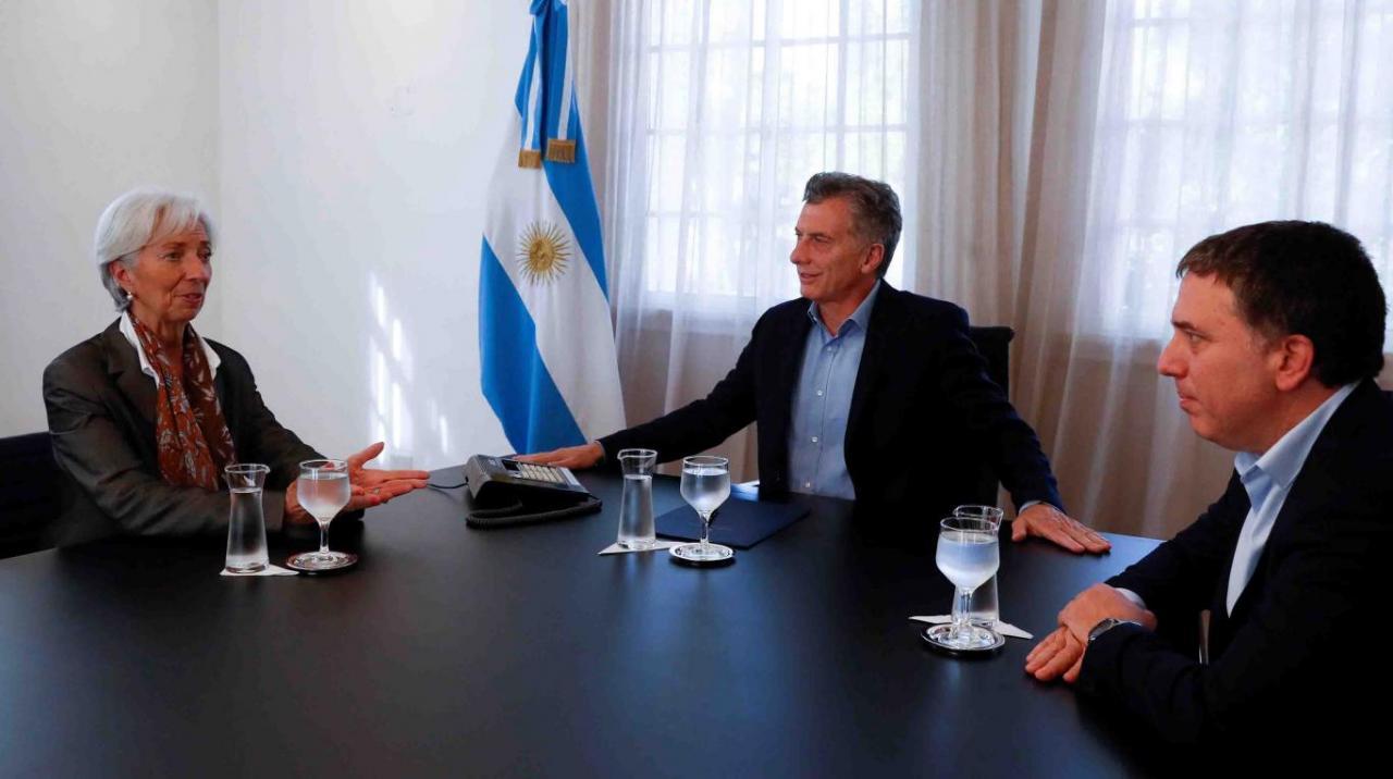 """Fiscella: """"A la gestión económica de Macri le pongo dos puntos"""""""