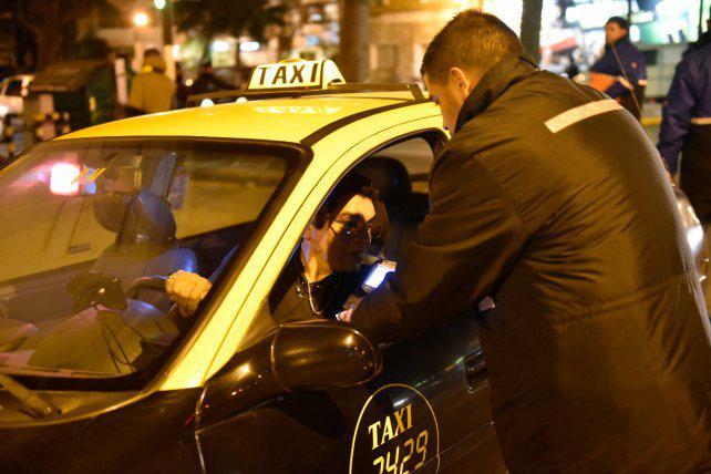 Harán test de narcolemia a choferes de taxis, colectivos y ambulancias