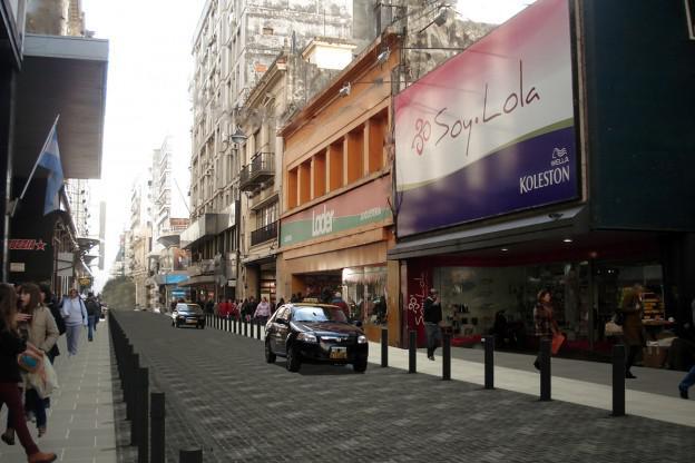 """Impulsan que un sector de calle Sarmiento se transforme en """"la San Telmo"""" de Rosario"""