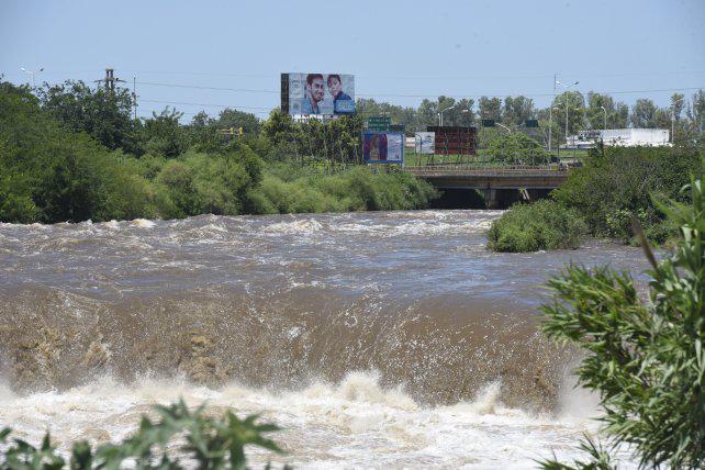 La Municipalidad admite que la situación en el arroyo Saladillo es cada vez más crítica
