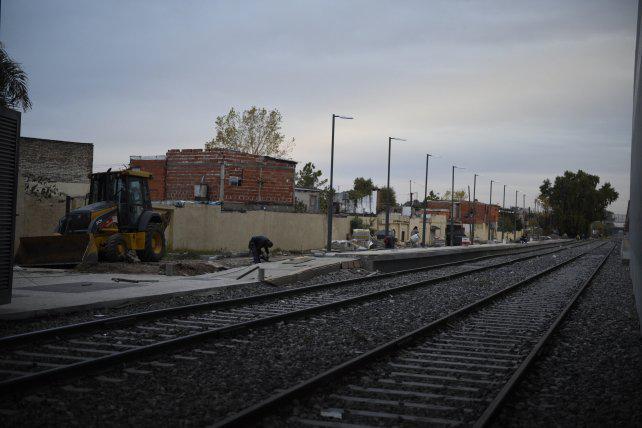 """La Municipalidad prometió que """"en un par de meses"""" el tren llegará a Rosario Norte"""