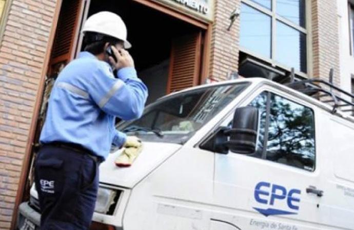 La oposición cuestiona el endeudamiento de la EPE y alerta sobre su impacto negativo