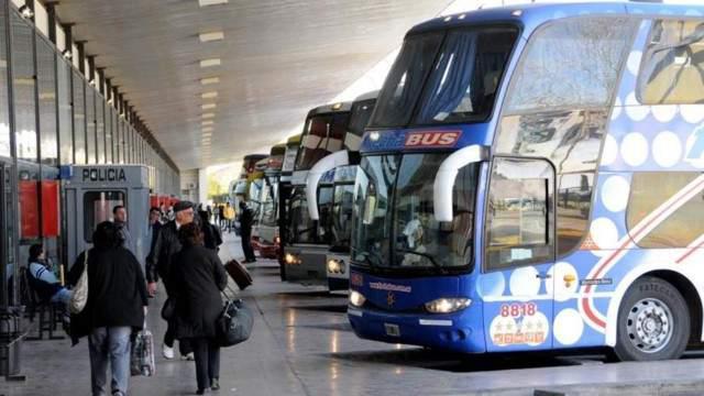 La provincia analiza cubrir el 50% del recorte al transporte que elimina Nación