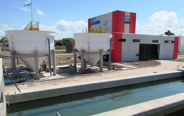 La provincia estudia subir la tarifa de Aguas al menos cerca de un 40 por ciento