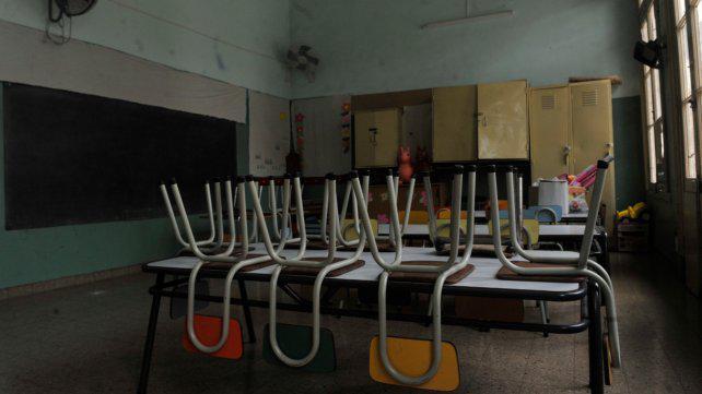 Los docentes rosarinos votan todas mociones de paro