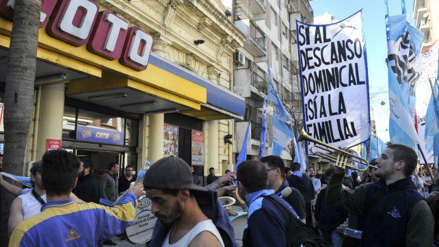 Los mercantiles denunciaron que Coto no reincorporó a 22 despedidos