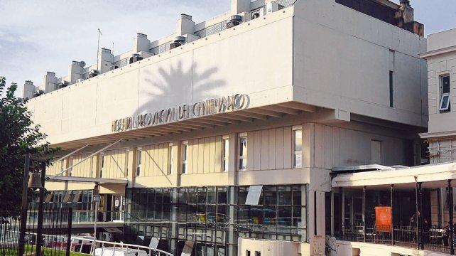 Médicos exigen duplicar la guardia del Hospital Centenario de Rosario