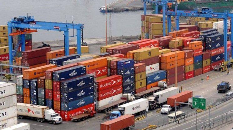 """Nación niega que haya """"una ola de importaciones"""" que afecte a la industria"""