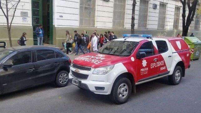 Otros cinco detenidos por falsas amenazas de bomba a escuelas