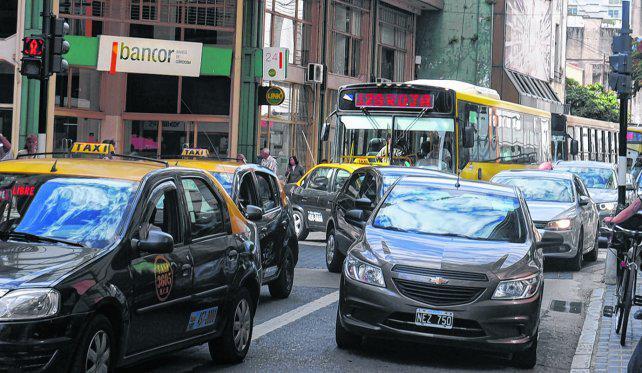 Pese a la congestión de tránsito, no habrá restricciones para el centro