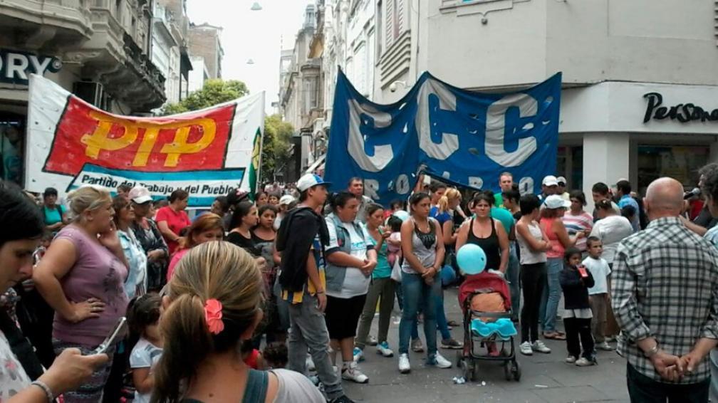 Piqueteros ponen reparos a la sustitución de planes por subsidios de empleo